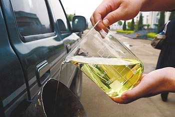 Difference Between Ethanol and Biodiesel